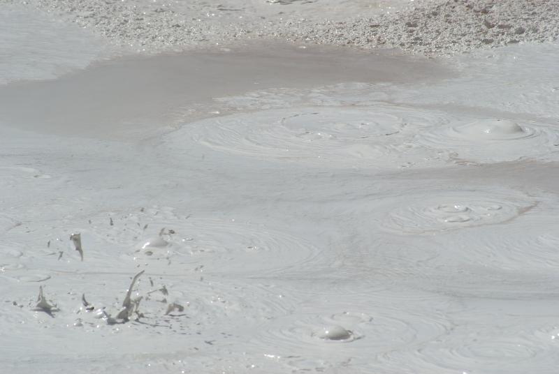 Modderpoel in het Lower Geyser Basin