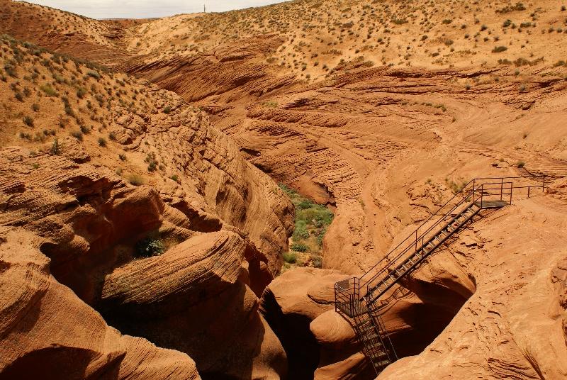 De trap bij de uitgang van Lower Antelope Canyon